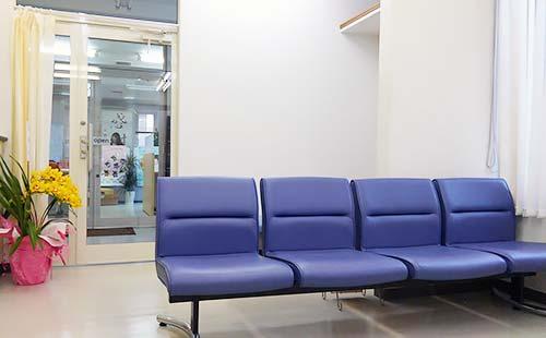 南大橋動物病院 待合室